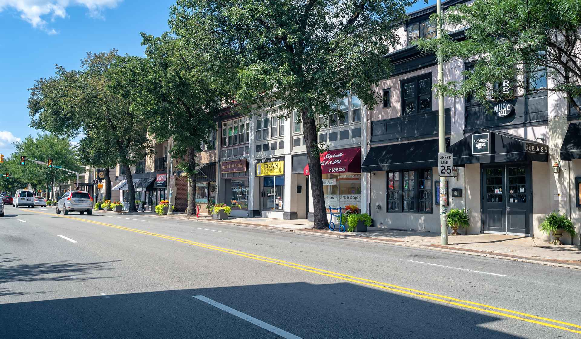 One Ardmore Place - Luxury Philadelphia Apartments - Lacaster street shops